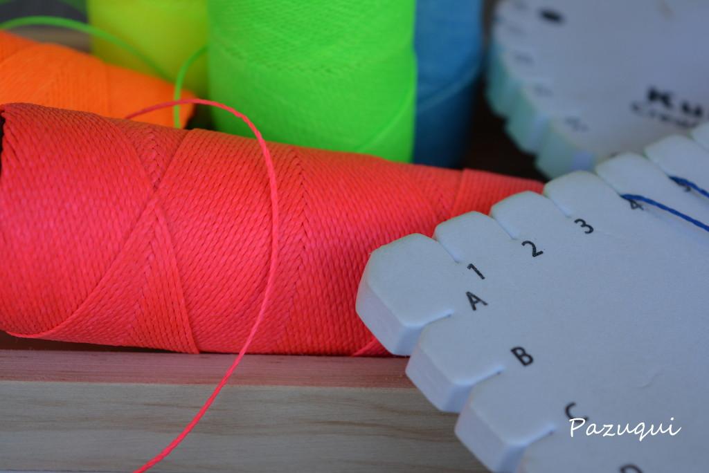 Hilo de algodón encerado con disco redondo y cuadrado de Kumihimo
